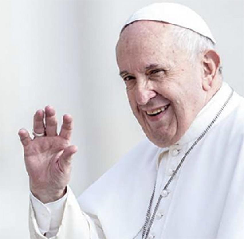 El Papa reza por los profesores y estudiantes
