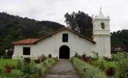 Cuatro templos en uso más antiguos