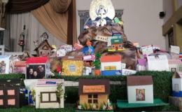 Parroquia de Hatillo hizo un altar lleno de casitas para La Negrita