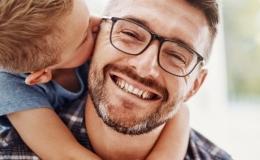 Presencia, cercanía y amor: los rasgos de un buen papá