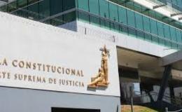 Interponen acción de inconstitucionalidad contra decreto que obliga a funcionarios a participar de cursos LGTBI