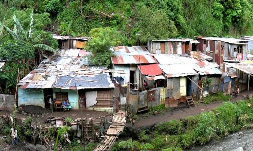 Pobreza: sufrimiento de la humanidad