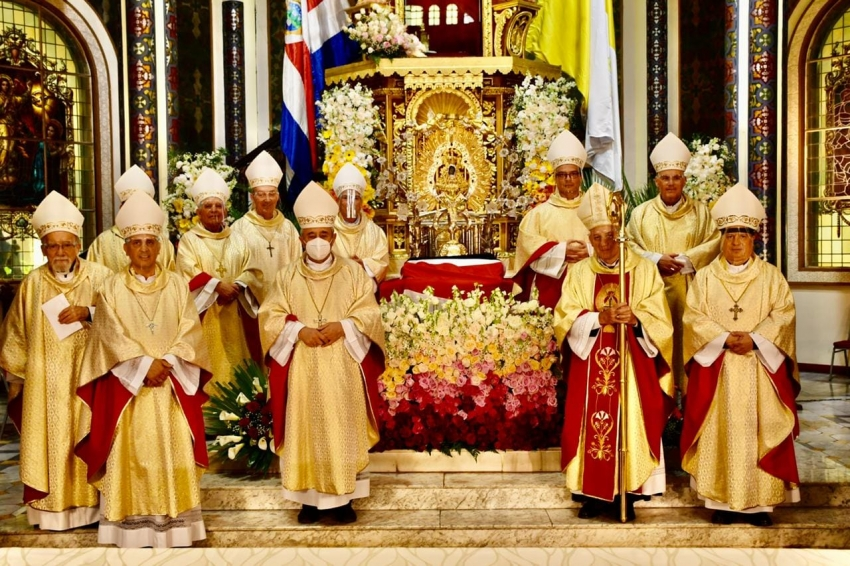 Mensaje de los Obispos «Solos nos hundimos» (Francisco, 27-03-2020)