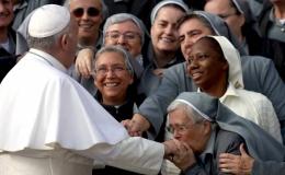 Mujeres en el corazón del Papa
