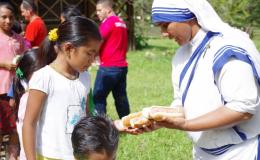 """""""Los niños son una riqueza para la humanidad y para la Iglesia"""""""