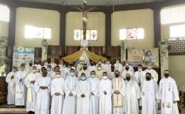 Alabanza y gratitud por centenario diocesano en Limón