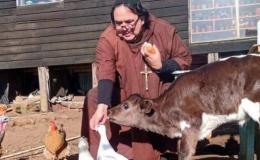 Monseñor Salazar bendijo a nuevo exorcista diocesano