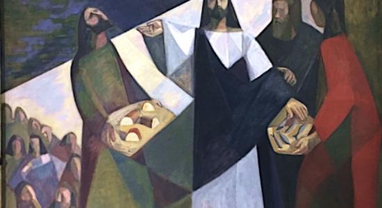 Jesús distribuyó el pan a los que estaban sentados, hasta que se saciaron.